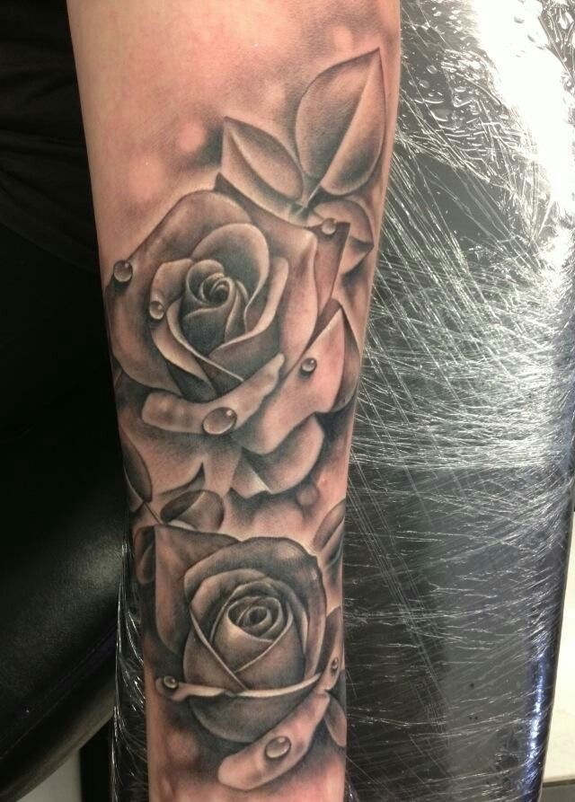 1000 idee su tatuaggi di salice su pinterest tatuaggi for Salice rose tattoos