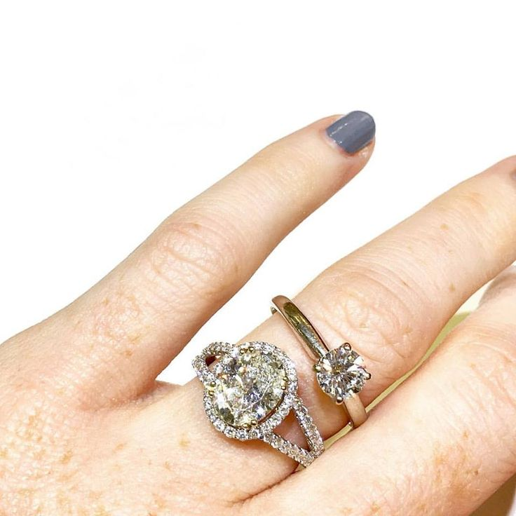 Simple Solitaire or Elaborate Halo... take your pick!