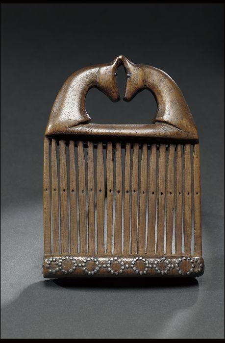 Heddle for weaving sashes, Winnebago, Nebraska, circa 1850