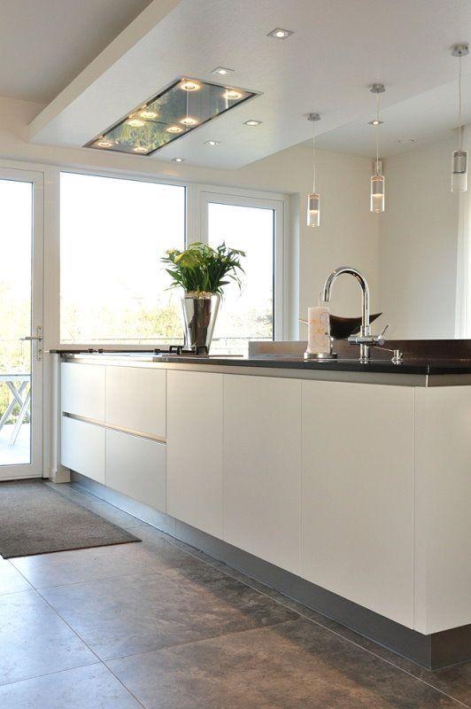 Silver kick board white kitchen
