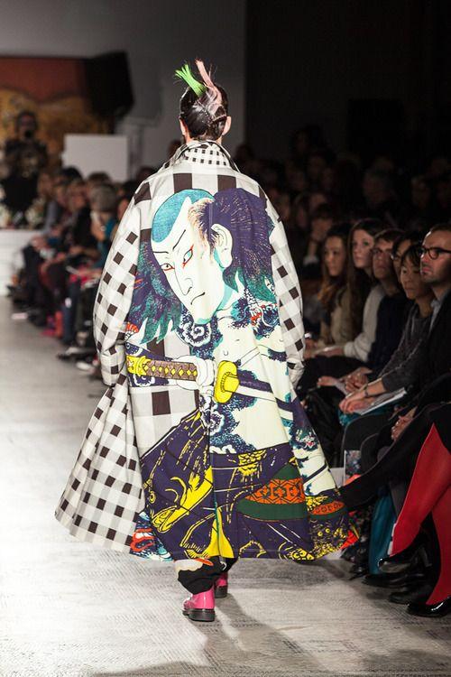 [No.35/79] Fashion in Motion: Kansai Yamamoto 2014春夏コレクション   Fashionsnap.com