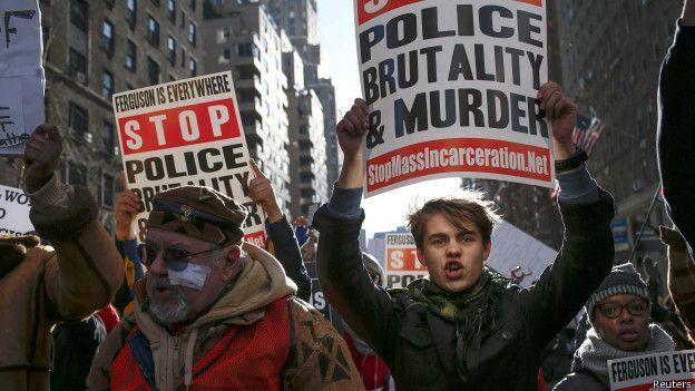 Protesto contra violência policial e racismo em Washington, no dia 13 de dezembro de 2014 | Foto: Reuters