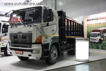 Японская компания Hino Motors выпускает грузовики для различных сегментов, в том числе строительные самосвалы, которые недавно начали поступать на рынок СНГ.