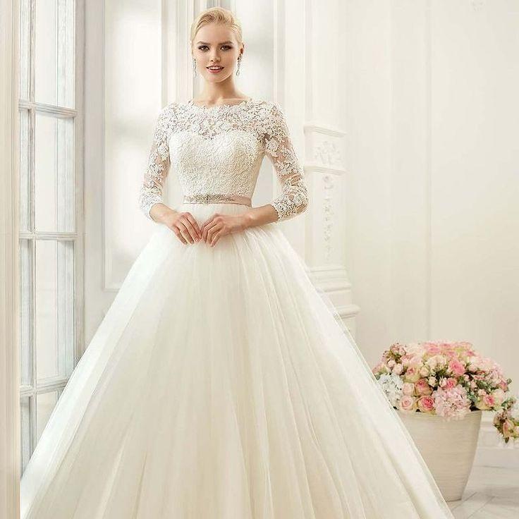 Покупка свадебного платья- это один из волнительных этапов подготовки к торжеству. И важно не просто найти поистине шикарное и модное свадебное платье а подобрать для себя идеальный силуэт который подчеркнет достоинства фигуры и скроет ее недостатки! Каким было ваше свадебное платье? #wedding #astanacity #astanaweddingkz #kzgirls #brides #Astana #невестыастаны #свадьбавастане #свадьбавстолице by astanaweddingkz