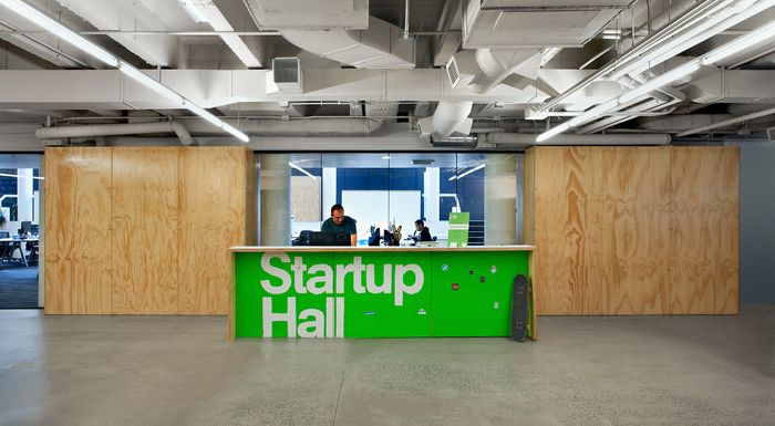 SHED_StartupHall_Reception Desk