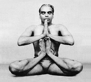 fckk the knee!: Hatha Yoga, Yoga Poses, Bks Iyengar, Yoga Yoga, Healthy Yoga, Bikram Yoga, Pilates Yoga, Yoga Class, Iyengar Yoga