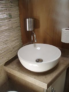 motorhome bathroom sink 1000 ideas about rv bathroom on camper 13777