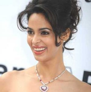 Mallika Sherawat Height, Weight, Age, Husband, Family, Biography & Wiki