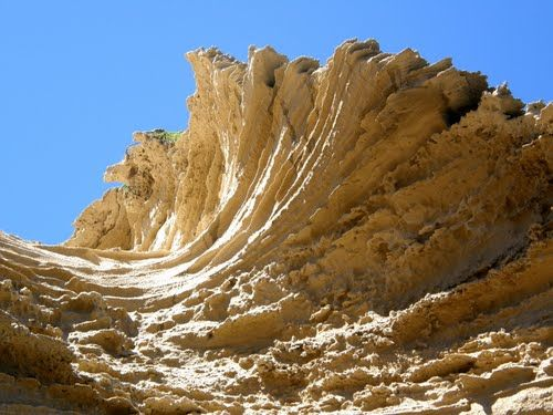 Gerickes Point - (Wind sculptured rocks) - Sedgefield, South Africa .......www.panoramio.com