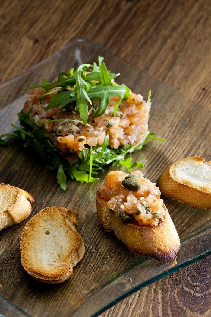 Tartare de saumon à l'estragon
