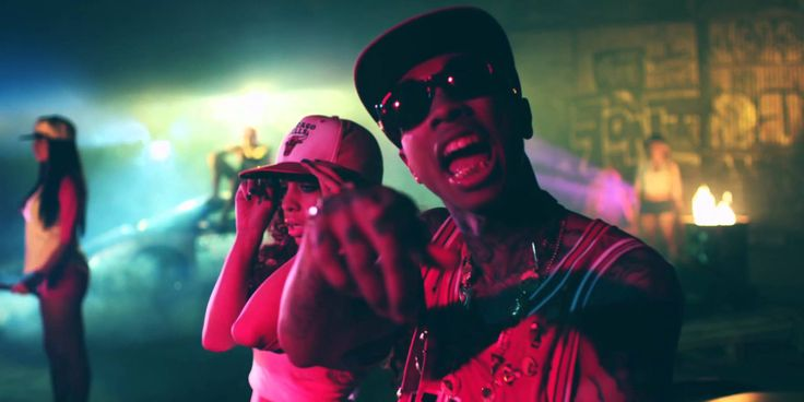 Tyga - Snapbacks Back feat Chris Brown [Official Video]