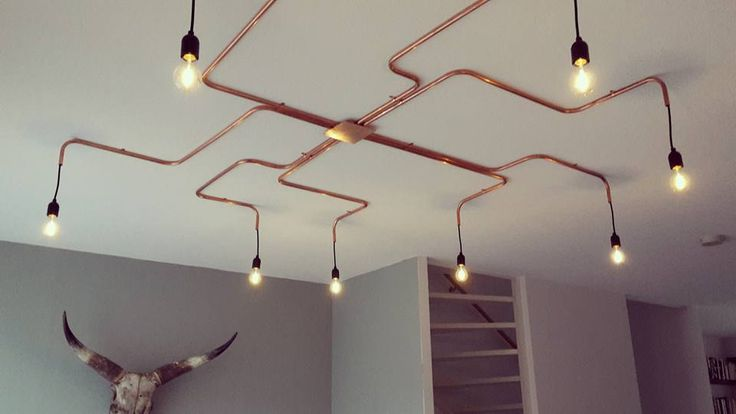 in the stairwell, with another dimension on the wall - walllight Conduit Lighting, Pipe Lighting, Ceiling Light Design, Lighting Design, Ceiling Lights, Hanging Light Fixtures, Hanging Lights, Modern Tv Wall, Barber Shop Decor