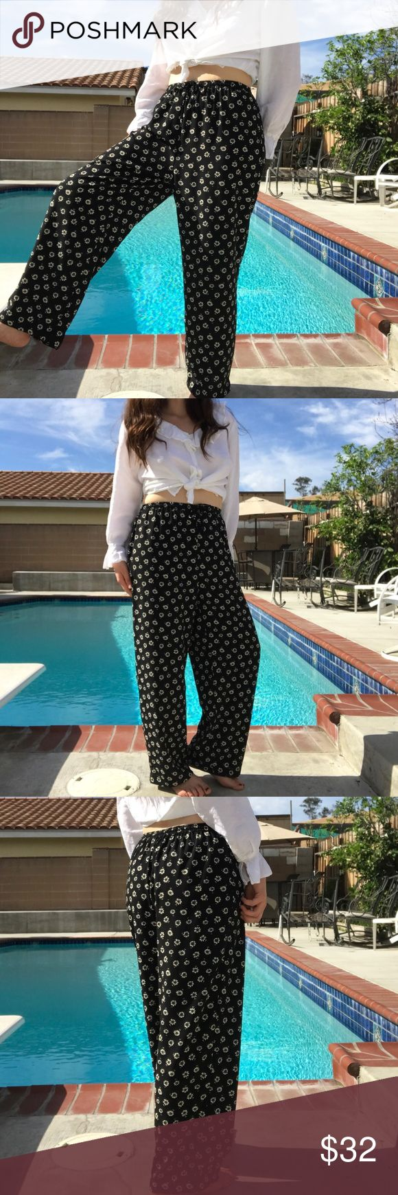 """floral trousers one size fits most. Stretchy waist. Not by UO--vintage  🌿SIZE REFERENCE:🌿  5'5""""/ 135lbs / 36-A /med. in tops, sweaters and dresses and pants  🌈 REASONABLE OFFERS ACCEPTED 🌈  🌼BUNDLE FOR BIGGER DISCOUNT🌼 Urban Outfitters Pants Trousers"""