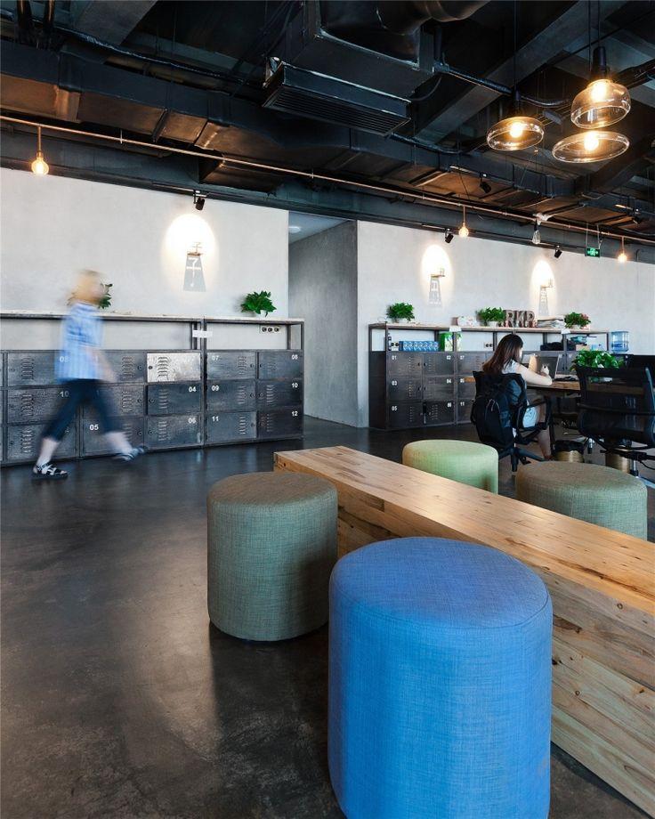 Metalowe szafki, meble industrialne do biura, meble ze stali do biura — ATEPAA®