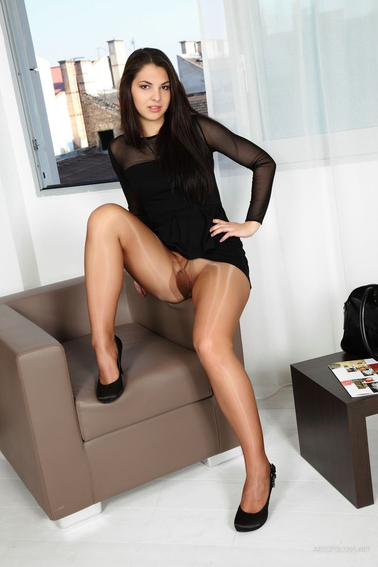 23 Best Images About Upskirt On Pinterest  Sexy, The -5235