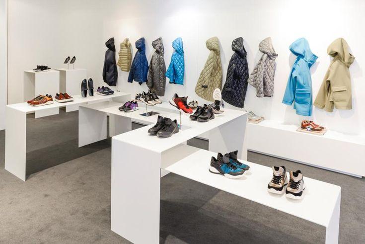 """Geox: ispirazione atletica per sneakers e outwear facile da indossare - Respiro, ricerca, tecnologia e design """"comfort cool"""" sono il fulcro della collezione Geox che spazia dal mood sportivo al glamour della sera. - Read full story here: http://www.fashiontimes.it/2016/02/geox-ispirazione-atletica-per-sneakers-e-outwear-facile-da-indossare/"""
