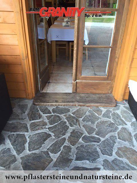 Firma B&M GRANITY bietet diverse Steinplatten an. Platten können so unterschiedlich (Farbe, Form, Bearbeitungsmethode) sein…Diesmal – sehr schöne, frostbeständige Polygonalplatten aus Schiefer (Schiefer-Platten). Man kann auch mit diesem Stein andere Natursteine wunderbar zusammenbauen und zusammenstellen. http://www.pflastersteineundnatursteine.de/fotogalerie/platten/
