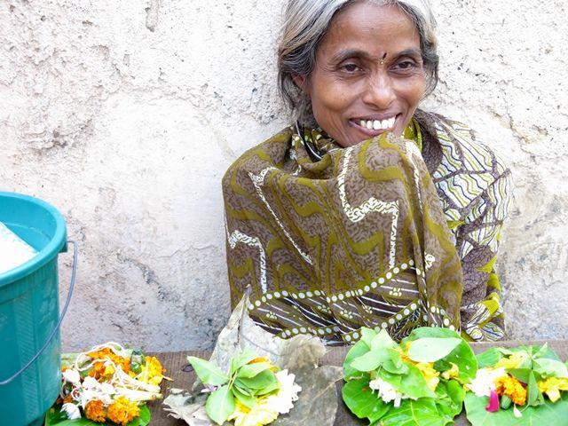 Flowers Market - India #travel #people #discover Fragonard Parfumeur