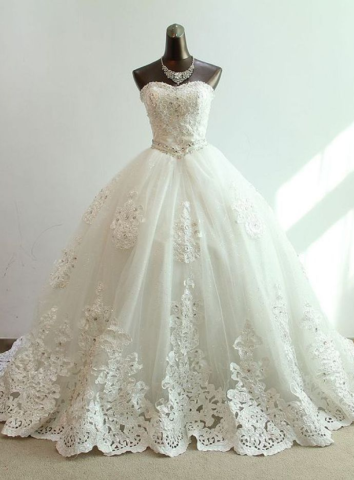 New Lace Appliques A-Line Wedding Dress White Ivory V Neck Bridal Gowns Custom