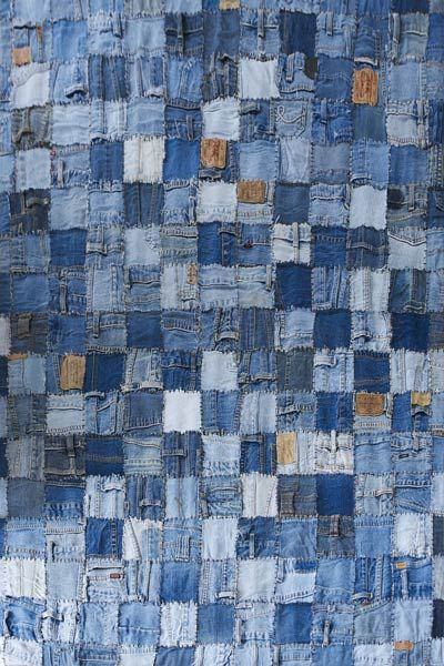 Patchwork demin rug. Great use for loads of old jeans - Buy Nothing New - www.buynothingnew.nl #bnnm13