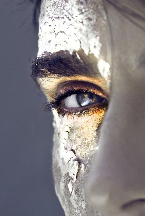face paint: Face, Inspiration, Golden Eye, Makeup, Art, Beauty, Photography, Eyes