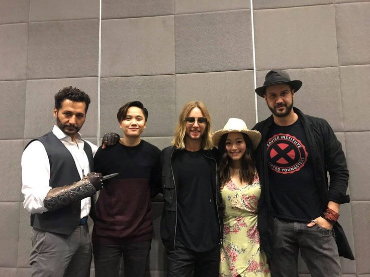 One awesome group of celebrities had excellent time being at TOYCON PopLife 2017 with Cas Anvar, Kay Cal, Greg Cipes, Karen Fukurama and Stefan Kapicic. #PopLifeRules