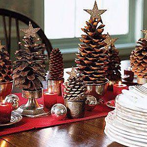 Ετοιμάζεστε να στολίσετε; Πριν αγοράσετε νέα στολίδια δείτε υπέροχες, πρωτότυπες ιδέες χριστουγεννιάτικης διακόσμησης με πράγματα που ήδη έχετε.