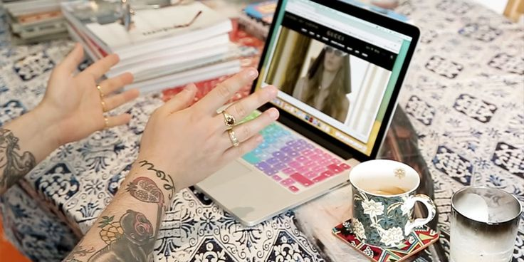 Fashion Journalism (Online Short Course) - London College of Fashion - UAL