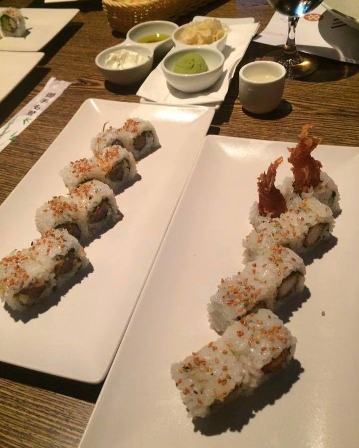 Sushi fact: το sushi δεν είναι μόνο η γεύση αλλά η ισορροπία γεύσεων. Oυσιαστικά πρέπει το ψάρι να συμπληρώνει τη γεύση του ρυζιού και αντίστροφα! Origami Sushi Bar The Perfect Place to Be Mαρίνα φλοίβου  Κτίριο 6  Παλαιό Φάληρο Tηλέφωνο κρατήσεων 21 0982 2220 info@maremarina.gr http://ift.tt/2r8ctYc #Origami_sushi_bar #OrigamiSushiBar #MarinaFloisvou #Taste #Bite #Fresh #OrigamiSushiBar #Floisvos #Sushi #Taste #Mood