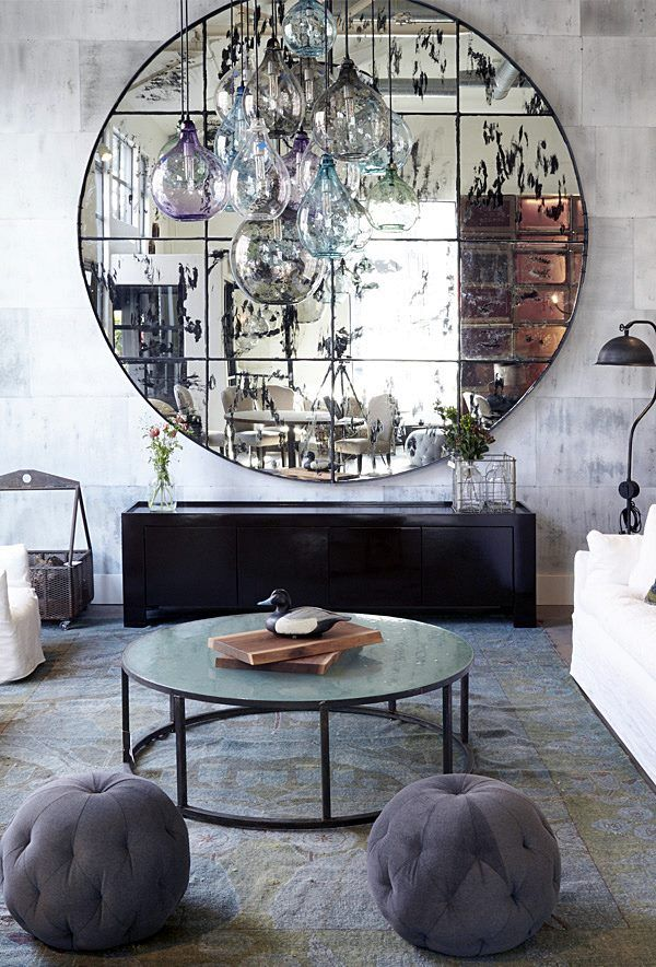 Multiple glass pendants hanging in front of an enormous aged mirror. Home Living Room, Living Room Decor, Bedroom Decor, Luxury Kitchen Design, Home Interior Design, Front Room Design, Bedroom Bed Design, D House, Home Decor Furniture
