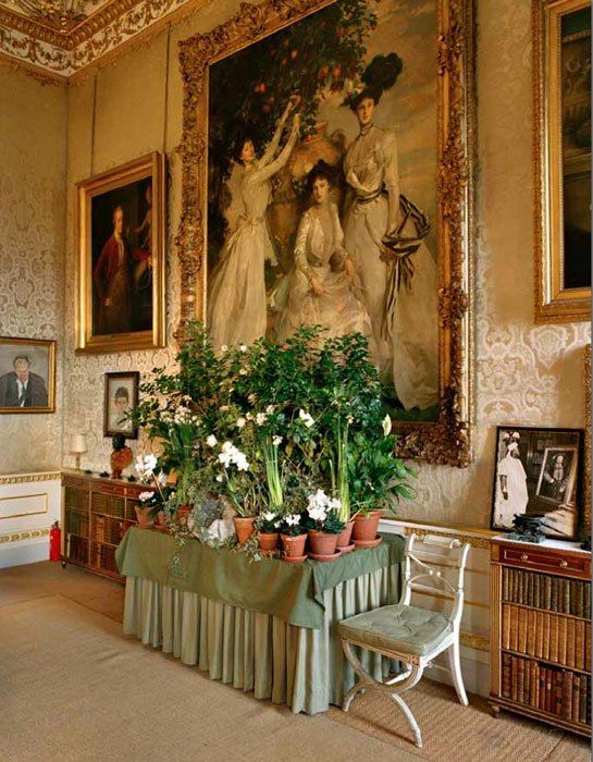 In Chatsworth, Derbyshire, the home of the Duchess of Devonshire -- a photo by François Halard from the book: François Halard.