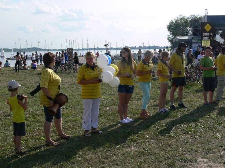 Nad Jeziorem Tarnobrzeskim bili rekord Guinnessa na ... bębnach