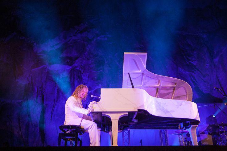 David Bryan at Carrara Idol in Milan on April 8, 2014. Photo by Torart. #bonjovi #davidbryan