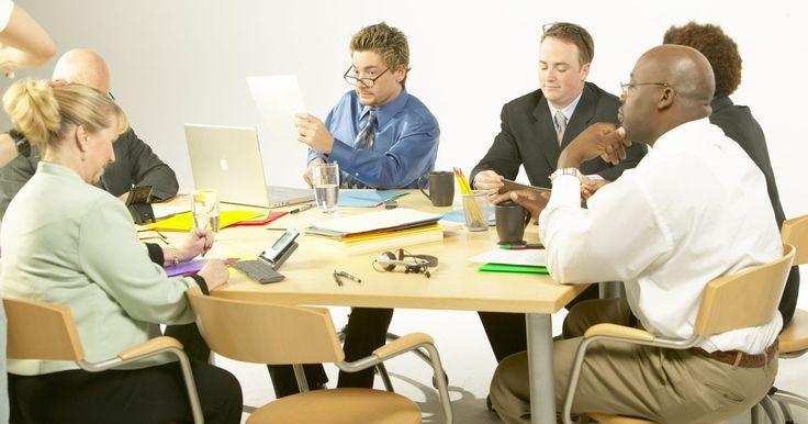Como desenvolver indicadores de liderança para uma equipe de escritório. Dentro do local de trabalho, pode ser benéfico quando os funcionários tomam a iniciativa e agem como líderes. Se você espera que seus funcionários assumam o comando por vontade própria e atuem como modelos para os outros imitarem, o desenvolvimento de um sistema de indicadores para julgar a liderança dos funcionários é necessário. Com a criação de ...