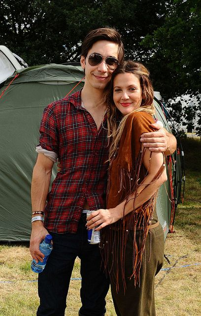 Justin Long and Drew Barrymore. They need to be together forever! SEE! Bingley and Jane, TOTALLY!