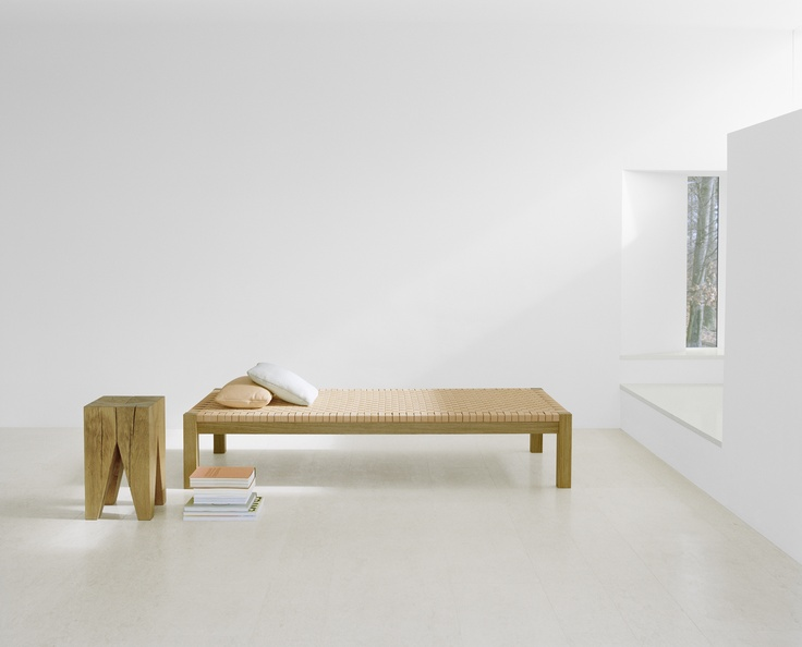 The 1925 Theban Daybed By The German Architect Ferdinand Kramer Now  Available As Re Edition From The German Company Beautiful Simple  Functionality.