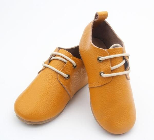 Absolutely beautiful soft smooth leather classic shoe from Anchor & Fox.Made from the finest non toxic genuine leather with lace up fastening to make every kid a style icon. These shoes provide enough flexibility and support that baby's feet can grow properly and are excellent as first walker...