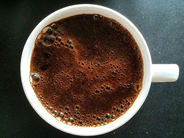 CUPPING. @coffee48329  #ouvercoffee #ouvercoffeestation #ouverstand #dripstation #dripitlikeitshot #coffeeart #brewbar #brew #dripcoffee #coffee #singleorigin #germany #shareit #likeit #roaster #handcrafted #kalita #pourover #hario #chemex #aeropress #v60 #coffeelove  #coffeemeetsdesign #kaffee #pouroverstand #pouroverstation #coffee48329