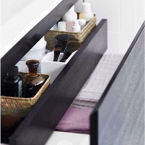Hur ser det ut i din lådor där hemma? Har du ordning och reda eller slängs allt ner i samma låda? #golvpoolen #förvaring #arredo #badrum #badrumsinredning #inredning #drömrum #renovera #inspo #inspiration #finahem #skandinaviskahem #design #interiör #inredningsdesign #detaljer #dekoration #hemma #home #styling #homestyling