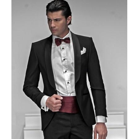 Trajes de novio italianos ONGala  Esmoquin Modelo n:538  Disponible en tienda y venta online:  ComercialMoyano.com