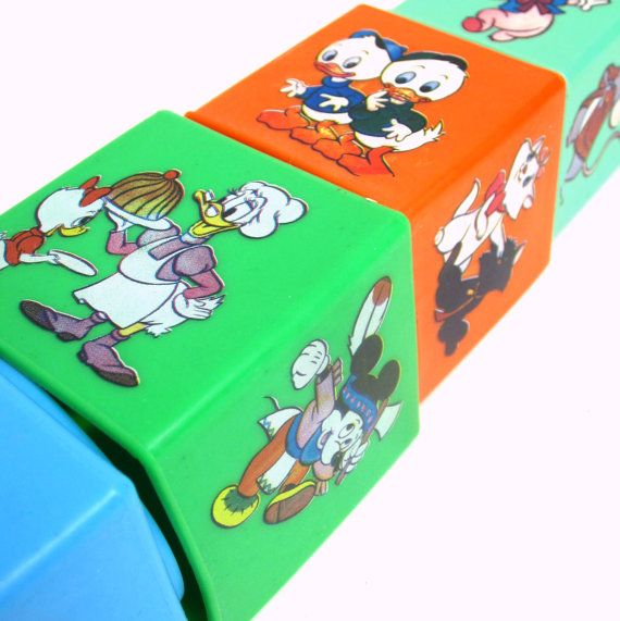 Vintage Walt Disney Eichhorn Spielzeug by AttysSproutVintage, $24.00