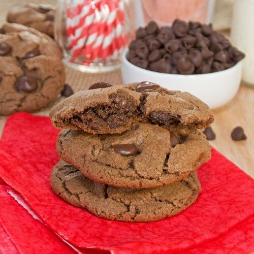 Malted Dark Chocolate Chip Cookies {Sweet Pea's Kitchen}