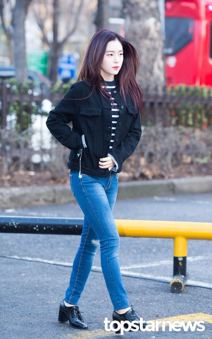 Other red velvet s airport fashion celebrity photos onehallyu - Bank Fashion Red Velvet Irene Girly Korean Twitter Music Casual