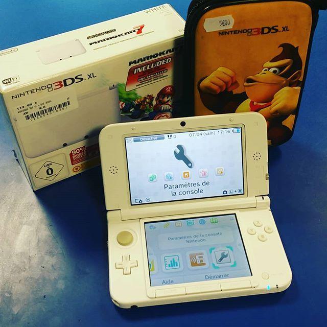 Nintendo 3ds Xl Blanche Founis Avec Boite Et Chargeur D Origine Dispo Happycashlannion Bonsplans Bonnes Game Boy Advance Sp Gaming Products Game Boy Advance