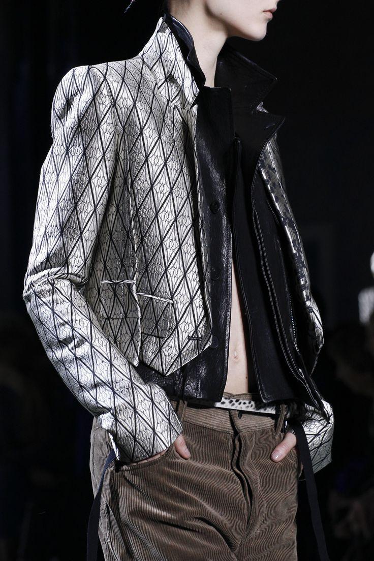 Haider Ackermann Fall 2016 Ready-to-Wear Fashion Show Details