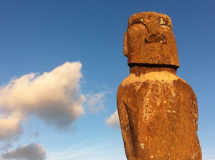 Le moai de Te Ata Hero, Île de Pâques — août 2012
