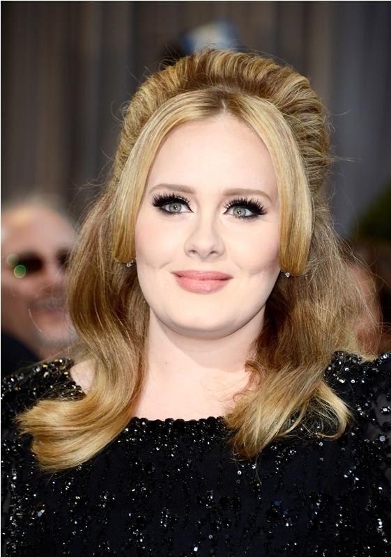 Adele - Oscar 2013 http://juliapetit.com.br/beleza/beleza-no-oscar/