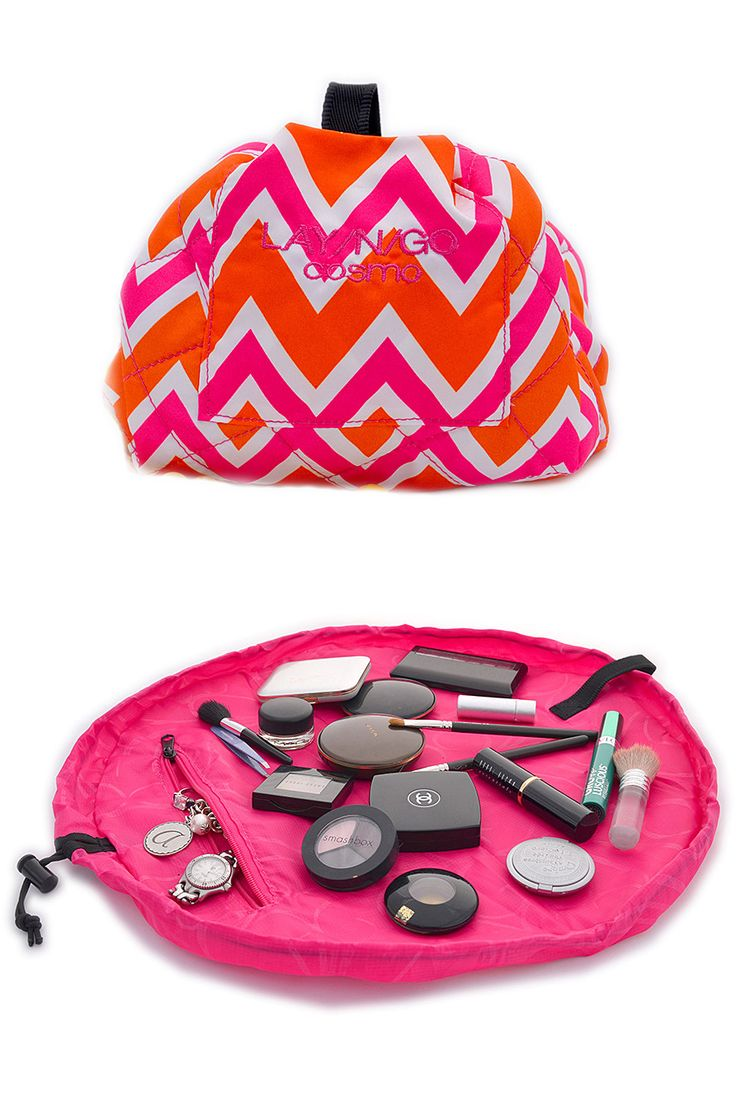 Lay-n-Go Pink Chevron Cosmo Bag // Lays flat for quick access - just pull the string to close for easy transport! Genius - need this for travel! #product_design