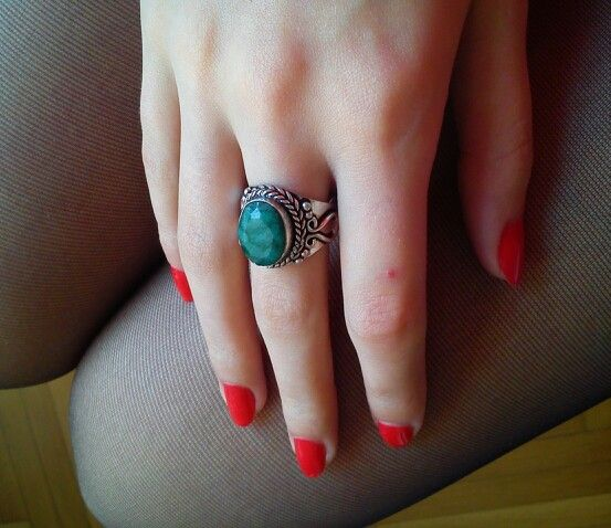 My new ring!! Love it <3 <3 #emerald #silver