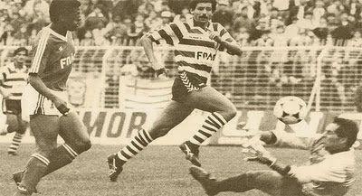 Chiquinho Carlos a 6 de Março de 1988, Estádio da Luz, 24ª jornada do Campeonato Nacional da I divisão de 1987/88. Benfica 4 - Sporting 1.